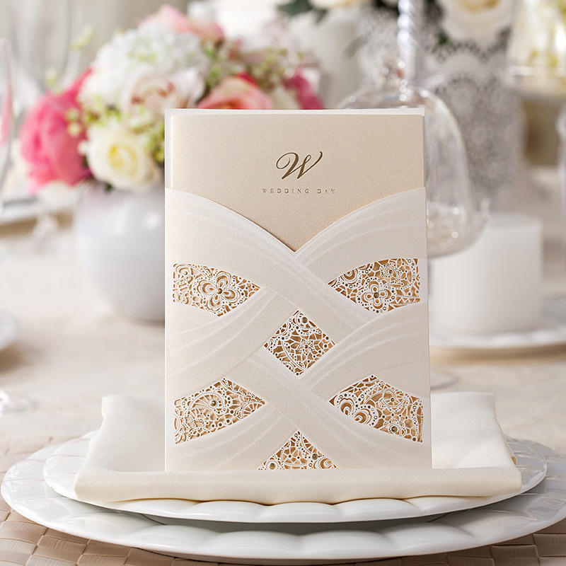 Vertical Laser Cut Wedding Invitation with White Hollow Flora For Marriage Party Supplies 50Pcs Lot Free