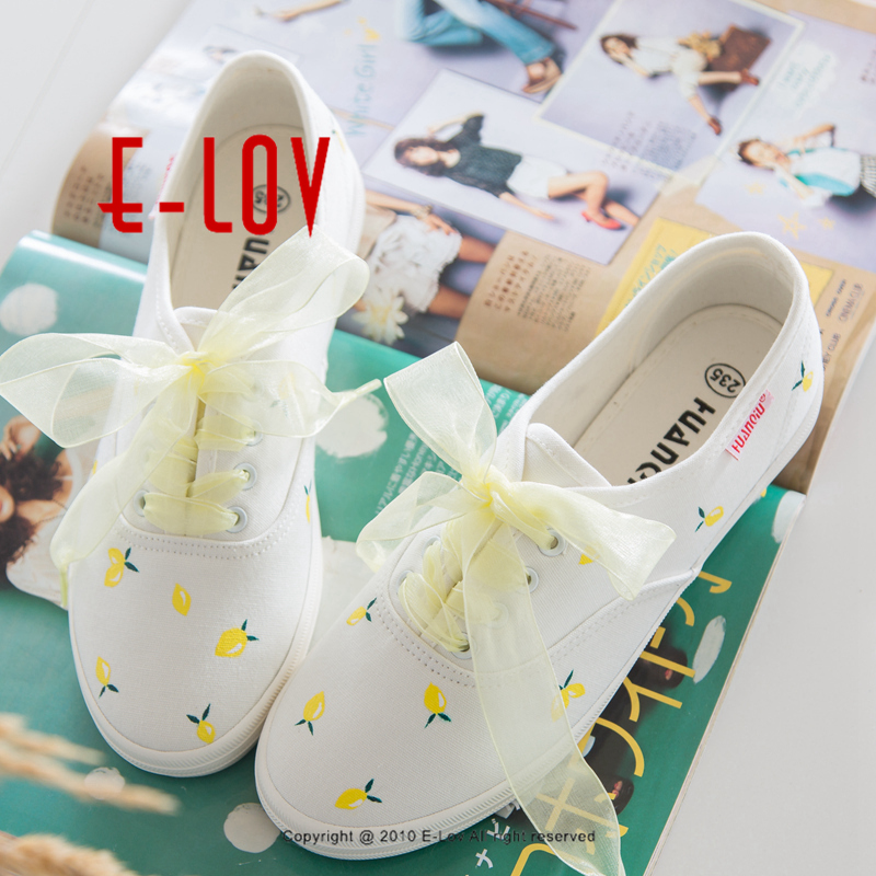 E-LOV Popular Women Casual Shoes Fresh Style Platform Shoes Yellow Lace Shoelace Hand-Painted Canvas Shoes Personalized Design e lov fashion brand custom hand painted taurus horoscope canvas shoes low top casual shoes espadrilles design for lovers