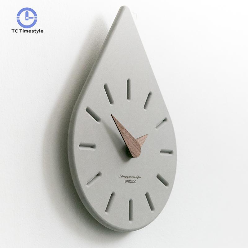 Nordic Clock Fashion Modern Minimalist Creative Wall Charts Atmosphere Cartoon Home Decoration Accessories Wall Clocks