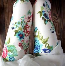 Vintage Graffiti Floral Patterned Leggings