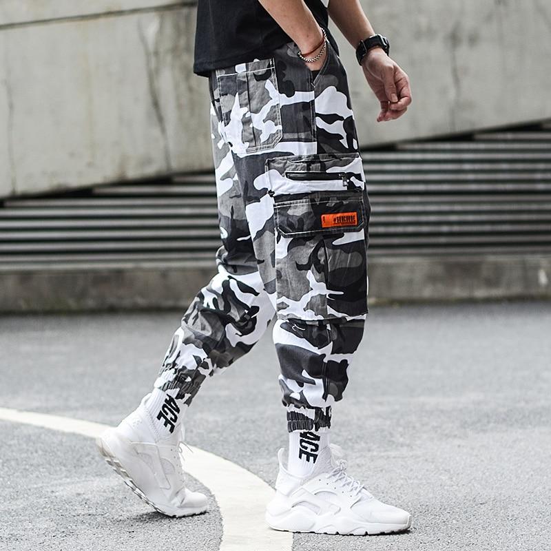 Fashion Camouflage Jogger Pants Men Hip Hop Trousers Loose Fit Ankle Banded Big Pocket Cargo Pants Streetwear Men's Punk Jeans