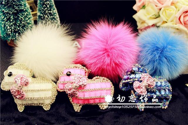 Crystal sheep decoration car keychain bag pendant oversized genuine fox fur ball key chain rhinestone for women f223