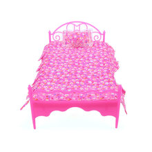 New Nightgown & Single Bed Dollhouse Furniture & Pillow Bed Sheet For Dolls Children Toys Color Random(China)