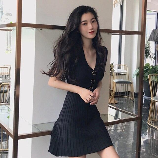 Women Single Breasted Slim Dress Summer Female Knitted Mini Dress Fashion V-Neck Short Sleeve Pleated Dress 2019 Hot Sale