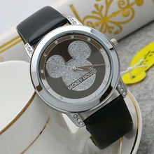 Nuevo reloj de cuarzo de Mickey Mouse para niños y mujeres reloj de cuarzo  de moda 9e8bdcae9e59
