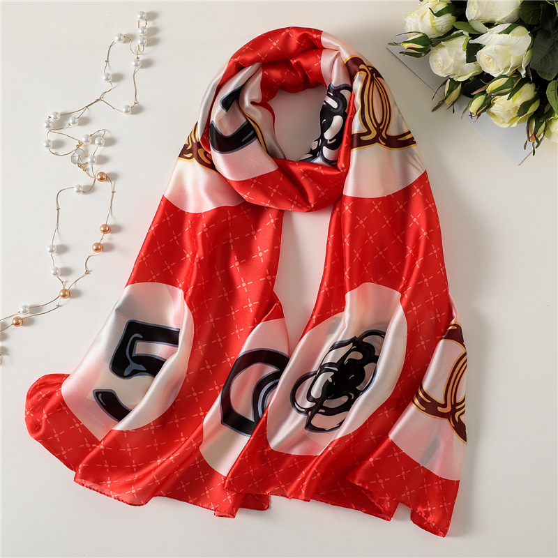2019 New Luxury Women   Scarf   Fashion Soft Letter Print Silk   Scarves   Long Lady Shawl and   Wrap   Female Beach Stole Pashmina Foulard