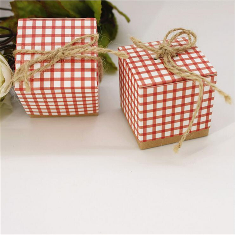 50pcs Retro Plaid Candy Box Wedding Favors And Gifts Chocolate With Burlap Twine Bonbonniere Souvenirs Bo
