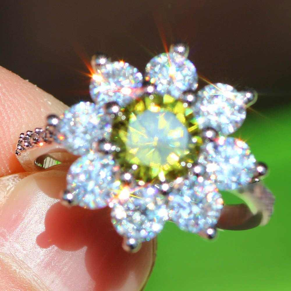 2 สีเดิมออกแบบเกล็ดหิมะแหวนหรูหราเจ้าหญิงตัดขนาดใหญ่สีเขียว Zircon อัญมณีธรรมชาติสีขาว Olivine Lady แหวน
