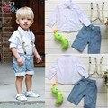 Бесплатная Доставка розничная маленьких детей случайные летние мальчики одежды ремешок + рубашка + джинсы три комплекта одежды костюмы для мальчиков 3 шт.