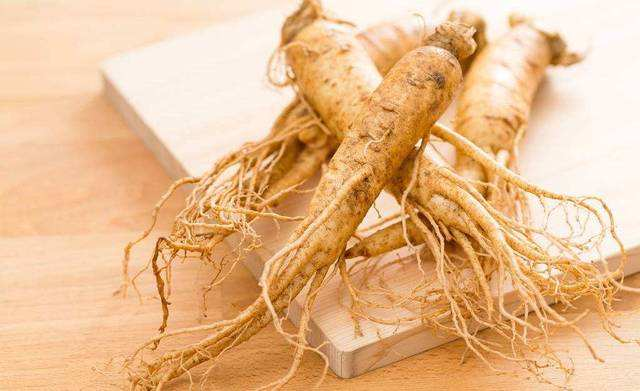 Natural Ginseng, About 7-12g Per Root, Healthy, Healthy And Healthy, Treatment Of Impotence, Cardiovascular Disease, Diabetic N