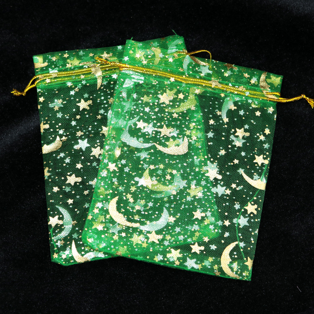 ¡Producto en oferta! 100 unids/lote Moon Star Organza bolsas 7x9 9x12cm pequeño regalo de Navidad con cordón bolsa encanto joyería embalaje bolsas y bolsas