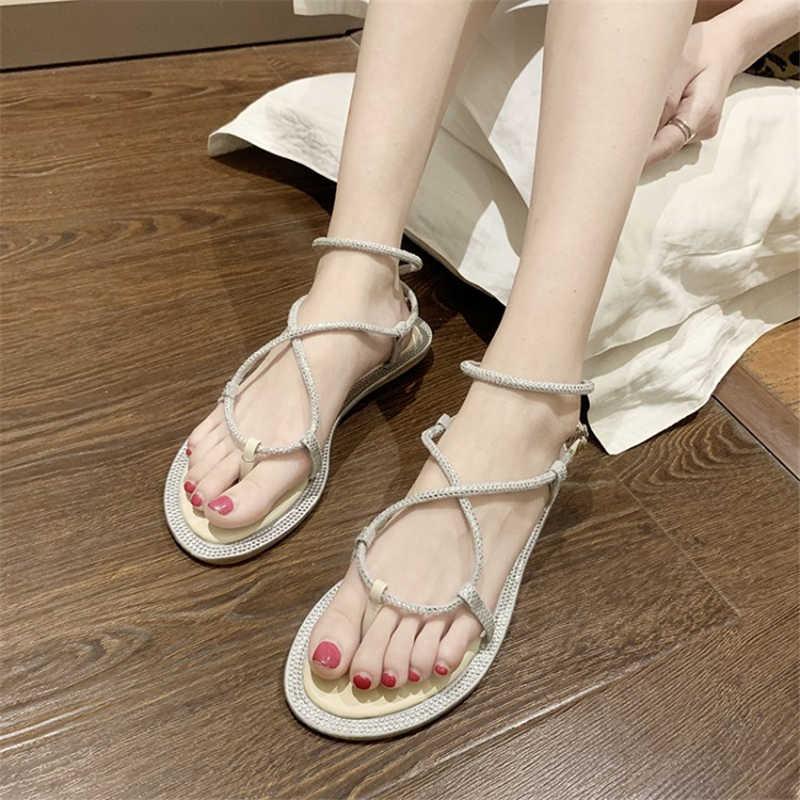 2019 летние Роскошные дизайн туфли с ремешком между пальцами женские сандалии Кристалл крест намотки туфли без каблуков платье Harajuku sandalias mujer серебро