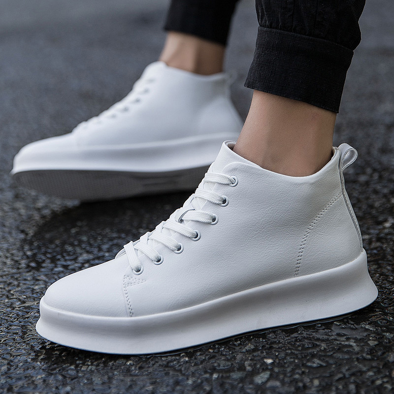 New Designer Men High Top Sneakers Black White Outdoor Sport Running Shoes Male Students Classical Falts