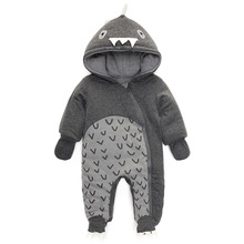 Детская зимняя одежда, толстые теплые хлопок мальчик 0-1 лет младенцев динозавров хлопок комбинезоны восхождение одежды