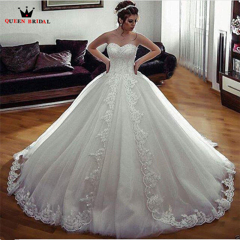 Gown Wedding: Custom Made Princess Sweetheart Fluffy Lace Crystal Luxury
