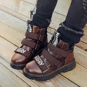 Image 5 - Winter Jungen Stiefel Kinder Schuhe Neue Junge Echtem Leder Mode Martin Stiefel Student Turnschuhe Plus Samt Warme Kinder Schnee Stiefel