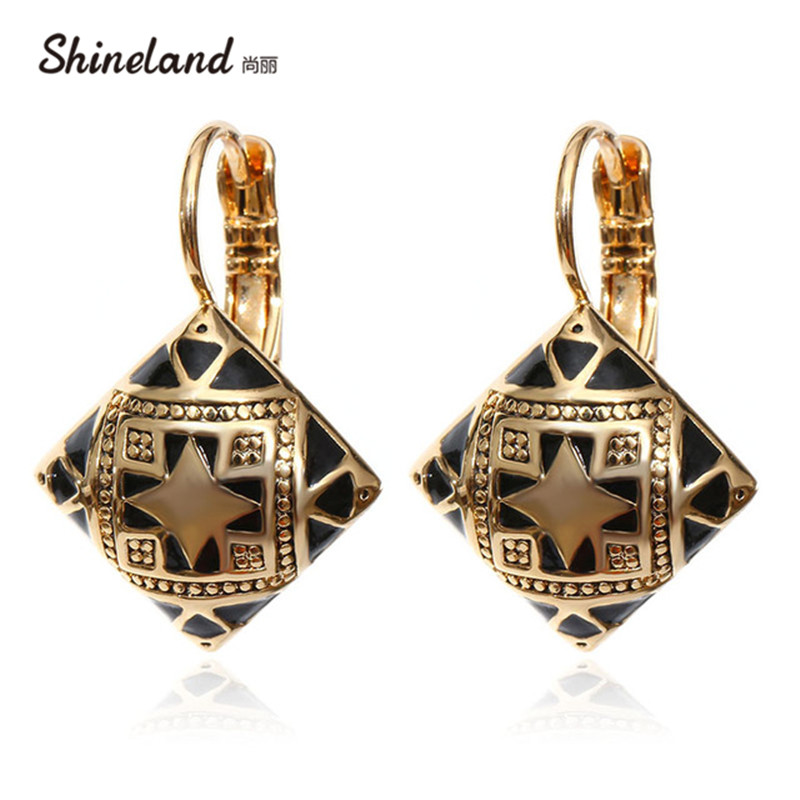 Hot New Fashion Vintage Emalje Geometrisk Square Drop Earring Sølv Gull Color Carving Flower Etnisk Øre Smykker For Kvinner