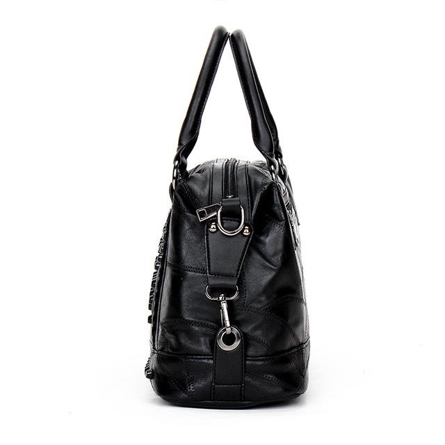 Soft Genuine Leather Women Messenger Bags Sheepskin Crossbody Shoulder Designer Rock Rivet Handbag Real Bolsos