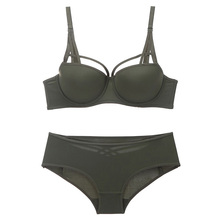 Sexy Seamless Bra and panty set Lingerie Strappy Solid Push up underwire underwear women Army Green Intimates Hollow out panty