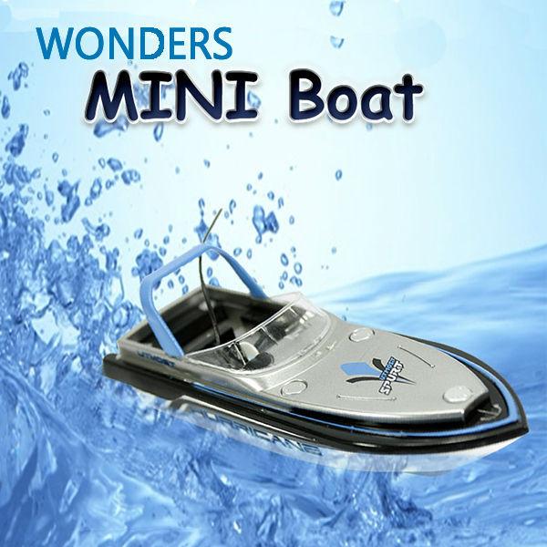 Estupendo encantador 13 cm Radio Control Mini RC Boat Dual Motor 4 canales discurso barco 777-218