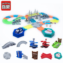 2018 Magical Hehkuva Race Track DIY Universal Asusteet Ramp Turn Road Bridge Crossroads Rautatientori Toy Racing Tracks Kids Gifts