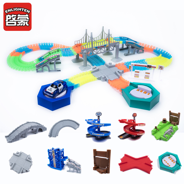 2018 Magical Glowing Race Track DIY Universal Accessories Ramp Turn Road Bridge Crossroads Rail Car Toy Racing Tracks Kids Gifts