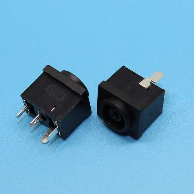 Yuxi 4pin brand new dc power jack power plug socket for samsung.