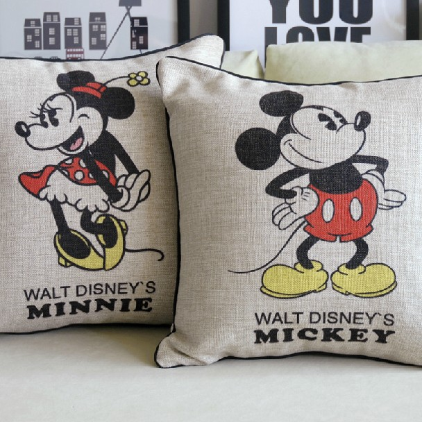 Mickey mouse pillow mickey and minnie cartoon cushion for Decoration chambre minnie