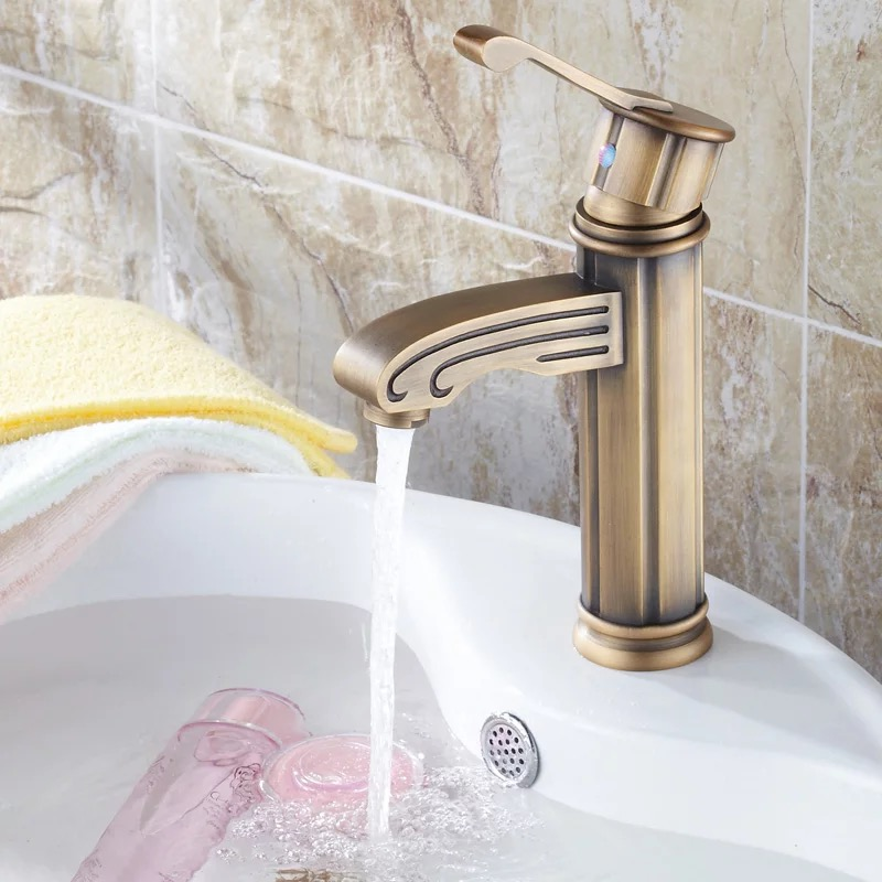 Bathroom Kitchen Basin Faucet Antique Bronze Finish Brass Mixer Tap Hot and Cold Sink Faucet Bath