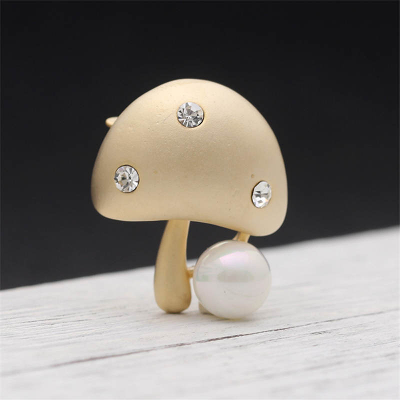 DoreenBeads Cute Mushroom Badges With Imitation Pearl Beads Safety Pin Brooches Clothes Bags T-shirt Decoration 2Colors 1PC