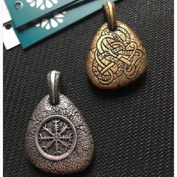 landseis 1pcs viking men pendant norse Icelandic Vegvisir symbol necklace A Protection Symbol Pendant, Magical Staves Compass