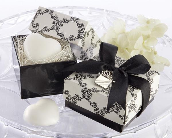 wedding gift sweet heart scented soap with nice natural fragrancespecial wedding gift