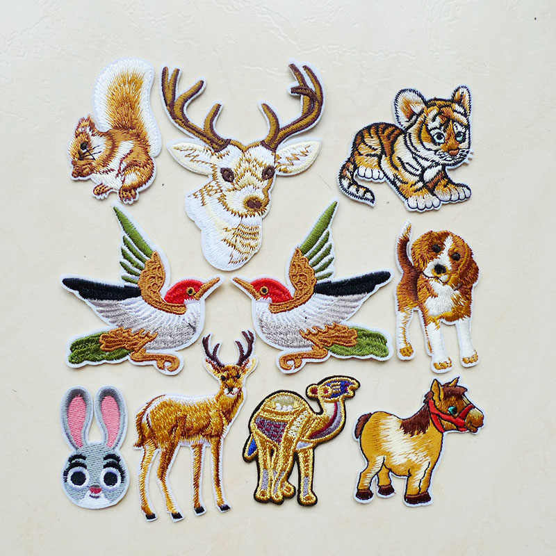 1Pc Camel Bird Dog Rabbit Tiger Horse Embroidery Iron On Patches Sewing Animal Applique for Clothing Sticker Badges Accessories