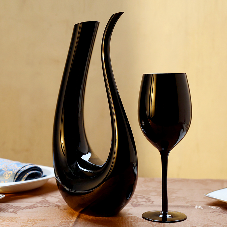 Black U Shaded Wine decanter Lead-free glass cup large wine glass goblet creative wine rack decoration Кубок
