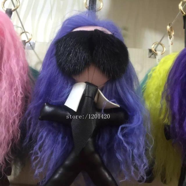 Pelo púrpura Karl monster doll handbag charm Nuevo llega Mujer del encanto del bolso llavero llavero bolsa de golf de piel de cordero de piel de accesorios