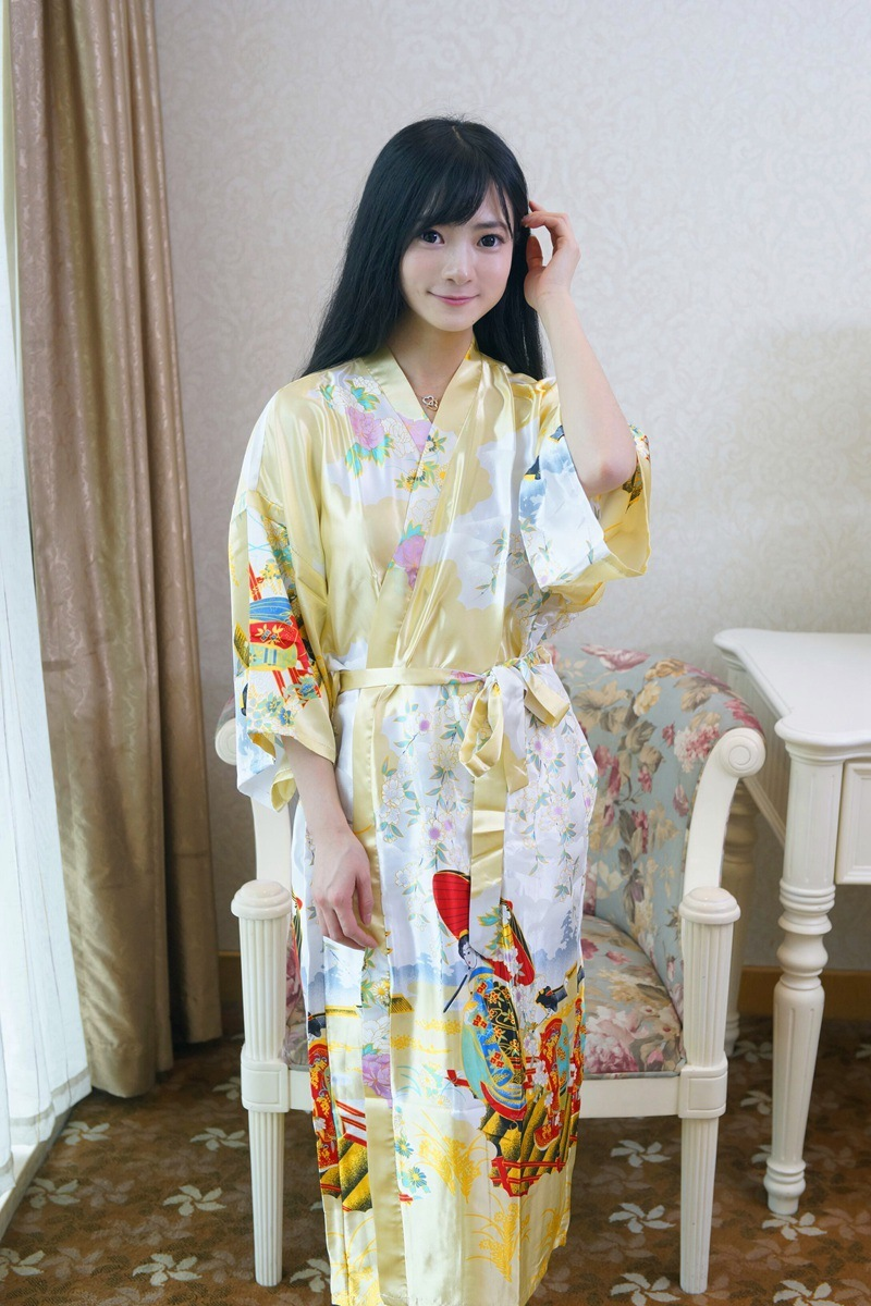 long style full sleeve sexy women 39 s summer bathrobes free shipping floral printed yellow robe. Black Bedroom Furniture Sets. Home Design Ideas