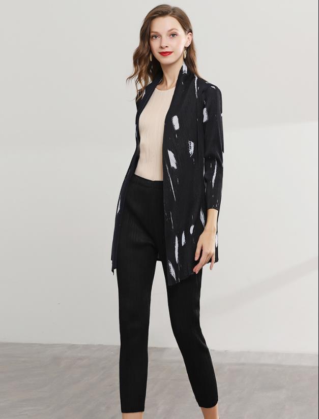 Miyake плиссированная короткая куртка летняя новая мода дикая оригинальная рубашка свободный платок для защиты от солнца Женская Бесплатная доставка sanzhai - 3