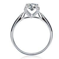 18 К белого золота Муассанит форме сердца Стрелка хвостовика бриллиантовое обручальное кольцо/годовщина свадьбы кольцо.