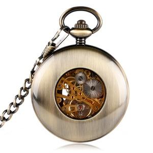 Image 5 - Retro bronze oco caso número romano esqueleto mão vento mehanical fob bolso relógios com corrente reloj de bolsillo