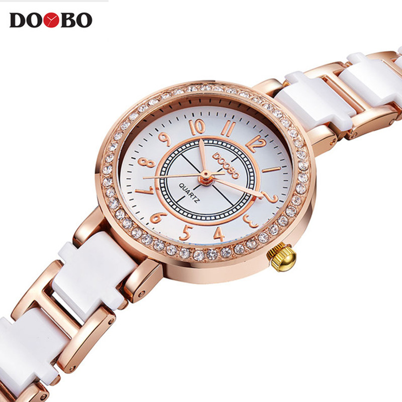 Famous Brand DOOBO Top brand luxury Watch Women Small Quartz-watch Fashion Ladies Bracelet Watches Women Montre Femme