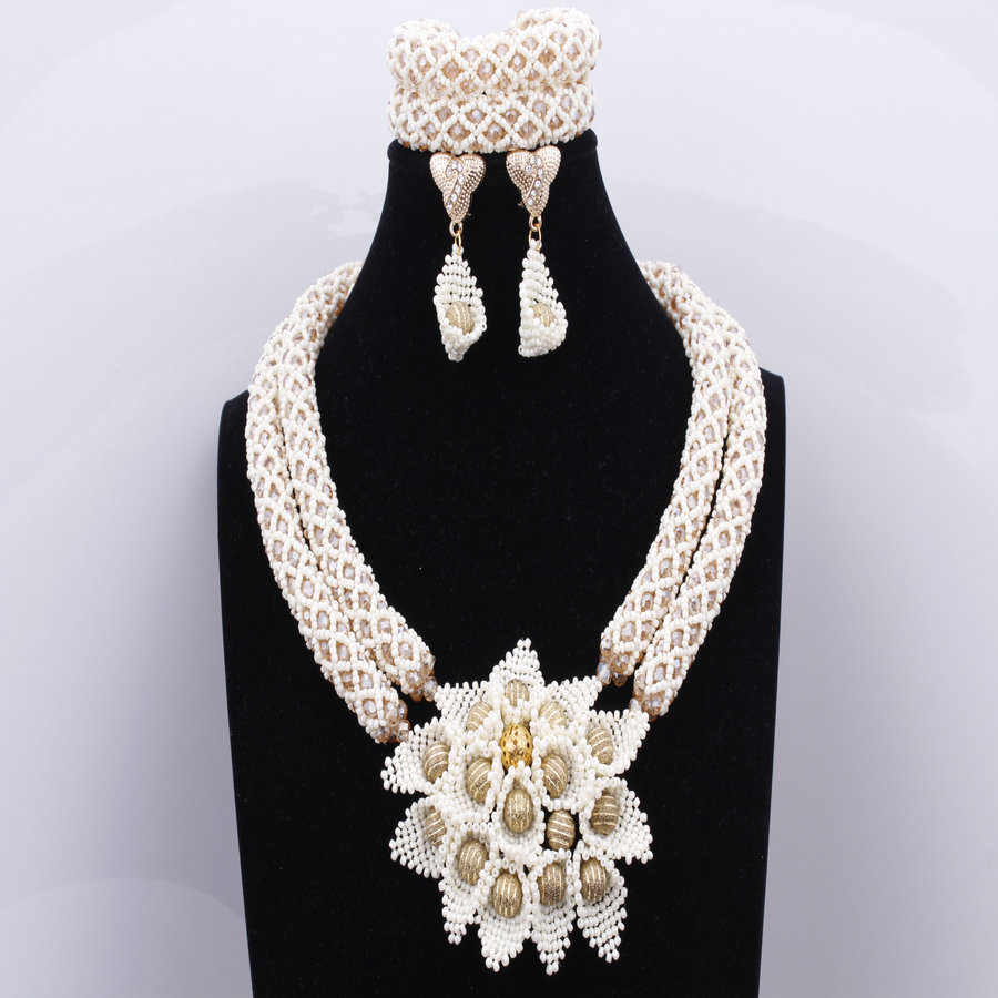 Latest Beige Beads Flowers Jewelry Sets African Wedding Nigerian Beads Jewelry Sets Bridal Necklace Earrings Bracelet For Party цена