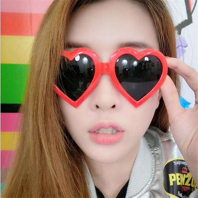 Love Heart Shaped Sunglasses Women Brand Designer Vintage Women's Sun Glasses Feminine Mirrored Female oculos de sol UV400