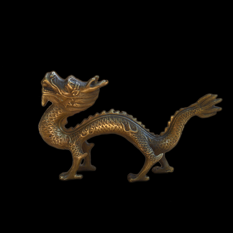 Bronze Dragon Ornaments Tanrong play beads Hanlong bronze dragon Zodiac Dragon Zhen Zhai Evil spirits Home decoration productsBronze Dragon Ornaments Tanrong play beads Hanlong bronze dragon Zodiac Dragon Zhen Zhai Evil spirits Home decoration products