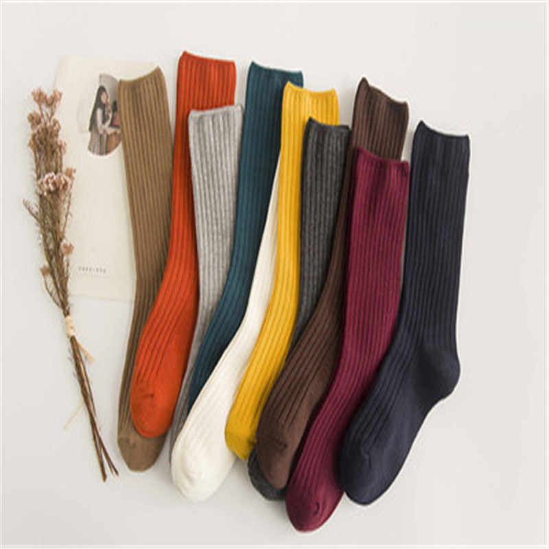 2018 nuevos calcetines de algodón rayado para mujer Calcetines retro para primavera Otoño Invierno