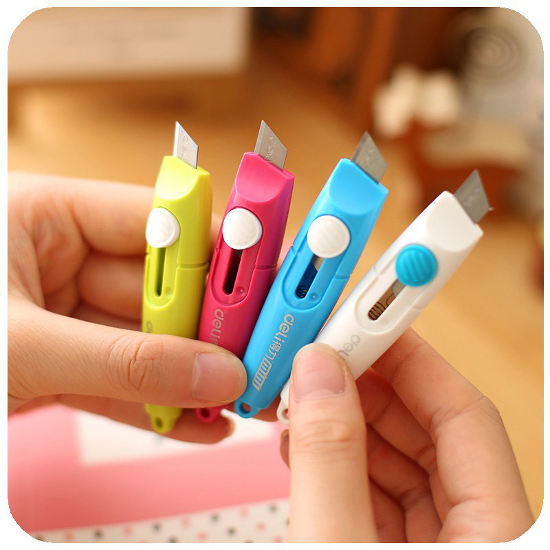 Deli Mini Colored Utility Knife Pocket Retractable Paper Box Art Cutter Letter Opener For Homemade Kids Gift Kawaii Stationery