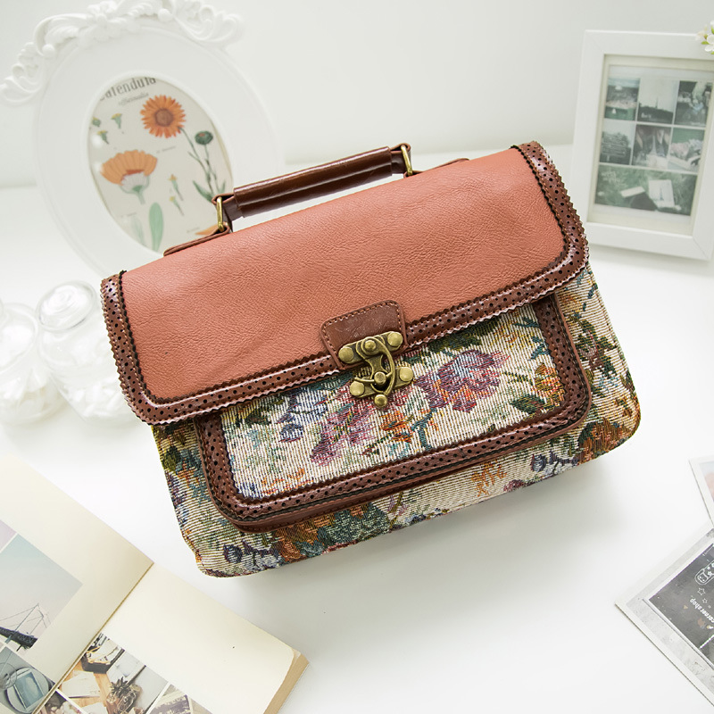 2017 Fashion Embossed Hollow Out Shoulder Briefcase Department Of Forestry Casual Satchel Retro British School Women Messenger