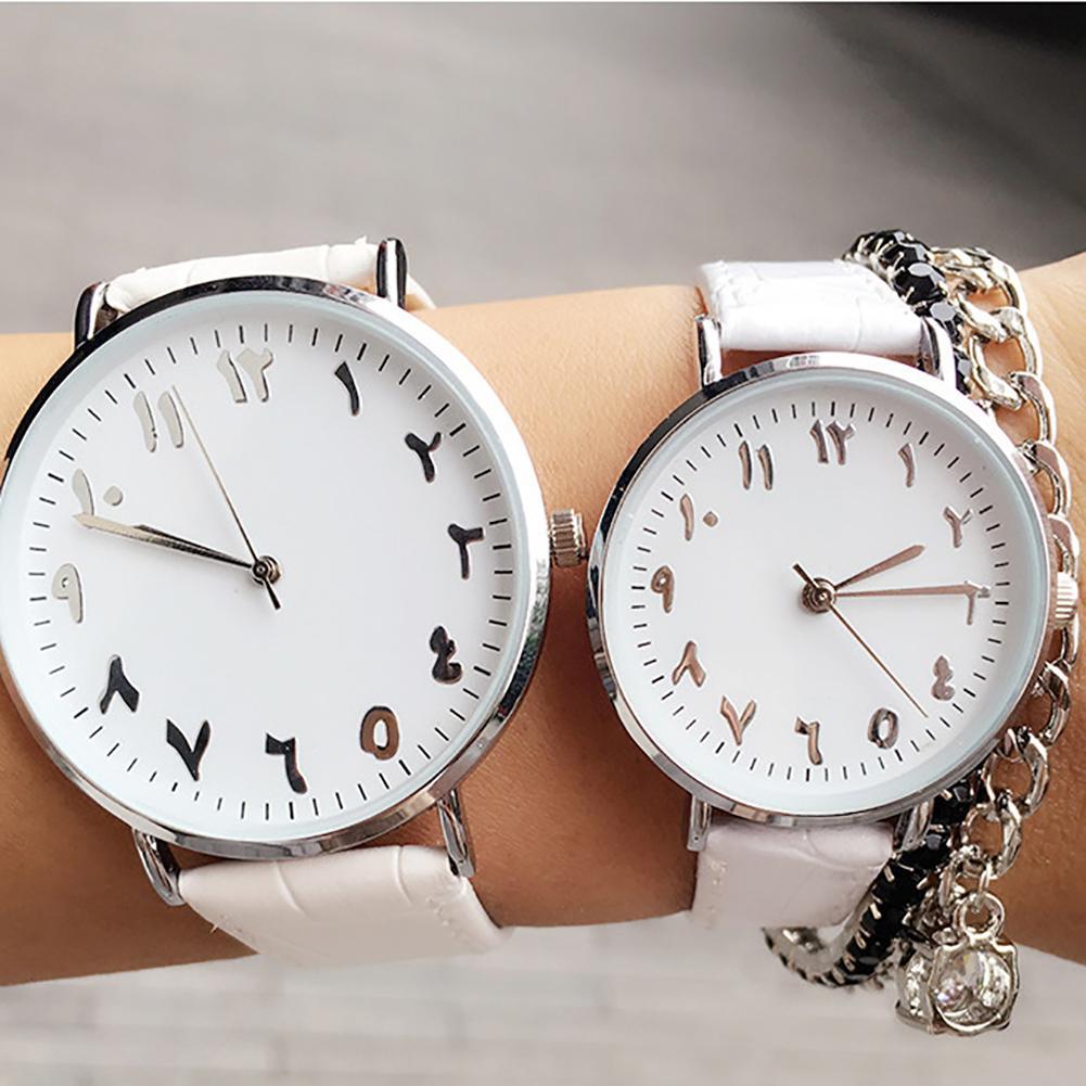 Unisexe chiffres arabes Faux cuir analogique Quartz montre-bracelet amant Couple cadeauUnisexe chiffres arabes Faux cuir analogique Quartz montre-bracelet amant Couple cadeau