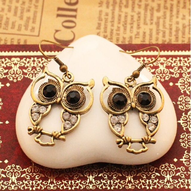 Vintage Owl Rhinestone Black Gem Eyed Earrings