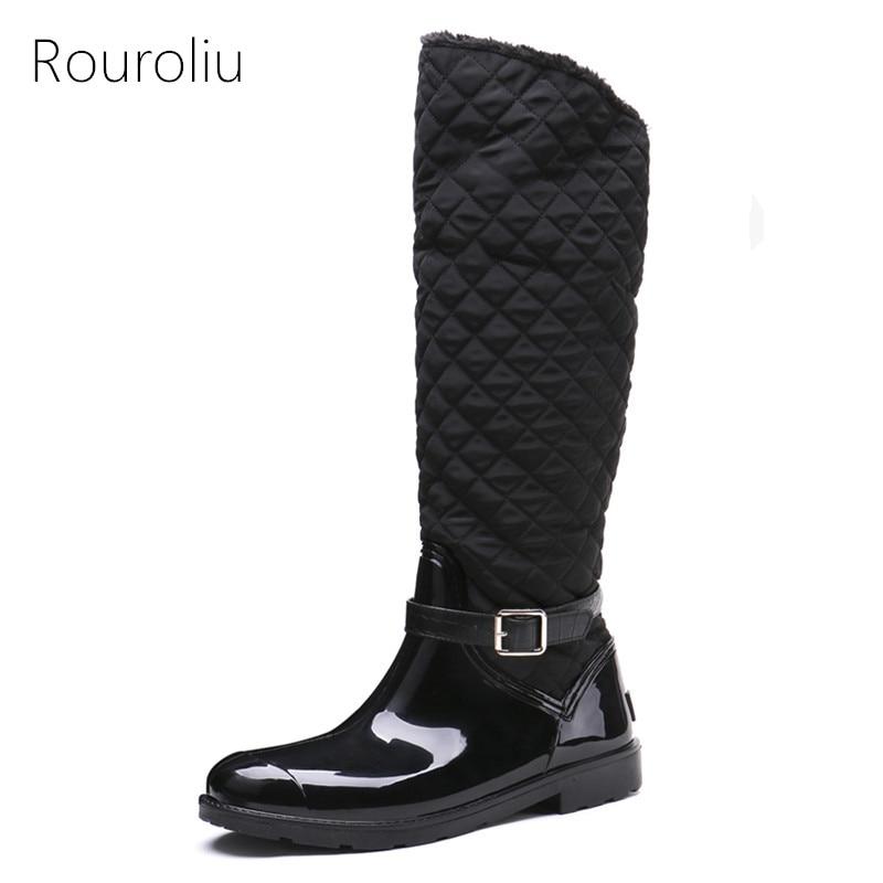 Rouroliu/женские высокие зимние непромокаемые сапоги, Нескользящие резиновые сапоги с боковой молнией и теплым мехом, женская обувь с пряжкой, ...