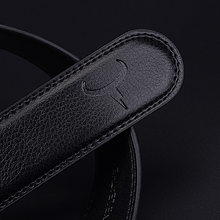 Men's Stylish Genuine Leather Belt With An Automatic Buckle